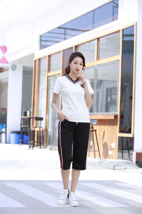 DSJ09108夏季幼儿园教师服